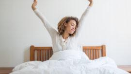 Sabahları mutlu uyanmanın 8 yolu